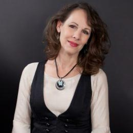 Iconic Singer/Songwriter Irene Kelley Joins Our Musical Family